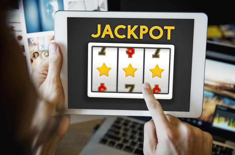 Бизнес, которого якобы нет: как развиваются интернет-казино в Украине | Mind.ua